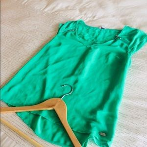💚Guess Mousseline Top💚